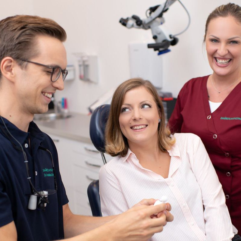 Implantologie - Knochenaufbau: Zahnärzte am Stadtpark, Wien