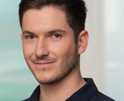 ZTM Fabian Ebner: Zahnärzte am Stadtpark